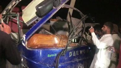 Photo of سکر: ٽرين مسافر ڪوچ سان ٽڪرائجي ويئي، 18 ڄڻا مارجي ويا، 60 زخمي